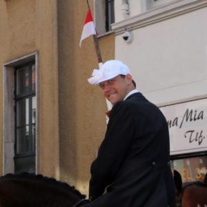 Stephan Kleinschmidt siger: Tak for til formanden for en fantastisk begivenhed og 15 års tro tjeneste.