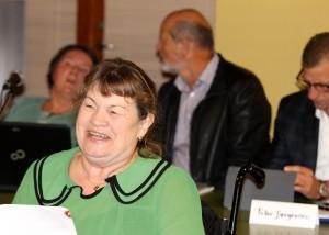 Jette Bertelsen byder velkommen og huske alle på, hun kan blive de handicappedes stemme i Byrådet.