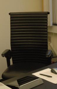 Her er den stol, det hele handler om den 19. november, borgmesterstolen.