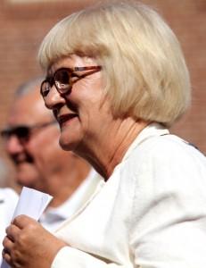 Aase Nyegaard vil have hjælp fra lokalt valgte folketingspolitikere.