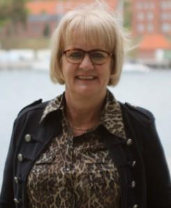 Borgmester Aase Nyegaard mener, at mudderkastning kun kan føre til politikerlede.