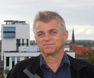 Bjørn Allerelli langer ud efter Venstres Peter Hansen og Ellen Thrane Nørby.