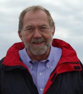 Jørn Lehmann mener, at Carl Holst ikke skal løbe fra ansvaret for millionregning.