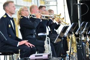 Slesvigsk Musikkorps er nærmest garanti for festlig underholdning.