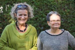 Tine Kjeldsen er fysioterapeut, psykoterapeut og sundhedsfremmekon-sulent. Jettie Nielsen er sundhedsplanlægger og uddannelses-planlægger.