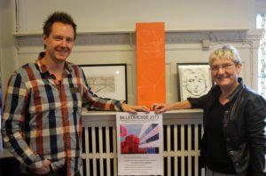 Thomas Lunau og Inger Hoffmann er i gang med at forberede Billedmessen, hvor Årets Kunstnervin afsløres.