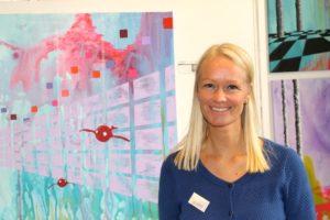 Trine Retz Nielsen er på udstillingen for at blive set. Internettet og udstillinger i virksomheder sikrer kunder i hverdagen.