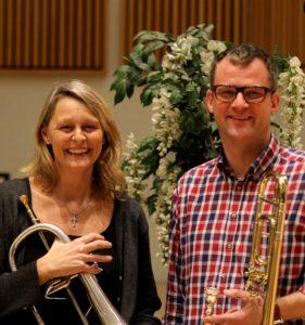 Lisbeth Møller Jensen med flygelhorn og Anders Krylmand med basun. Foto: Anna Hynding
