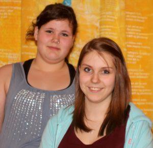 Maja og Lena er glade for at være en del af Rinkenæs Efterskole.