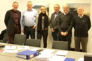 Mogens K. Nielsen, Henrik T. Nielsen, Dorthe Seeberg, Erling Lundsgaard, Jens Møller og Ove Engstrøm er med i bro-bestyrelsen, der håber på stort deltagerantal den 10. marts.