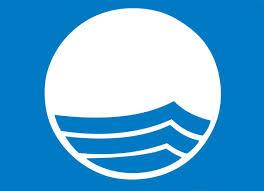 De Blå Flag skal fortsætte med at blafre ved strandene.