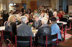 Helle Reinecker modtog Årets Kvindepris 2013, for sit store engagement i at gøre hverdagen lidt lysere for mindrebemidlede familier.