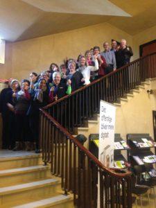 Kommunens ansatte jubler over sejren. Foto: Sønderborg Kommune