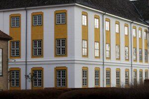 Regionen kan stille en del Augustenborg Slot til rådighed.
