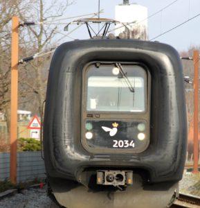 Kvikt fra Aarhus og så et skifte i Tinglev - og videre til Sønderborg - og så er det ind i en bil.
