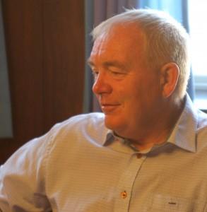 Erling Lundgaard er glad for den indsats, som Stephan Kleinschmidt og hans udvalg gør for den kommende bro.