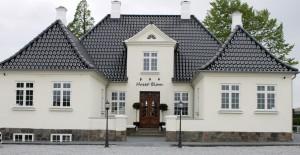 Huset Blom er respektfuldt renoveret udvendig og indvendig.