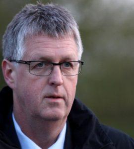 Erik Lauritzen skal forklare Peter Hansen, hvorfor han rejser en fredningssag sammen med DN.