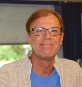 Jan Hertz har rollen som interviewer, når Morten Grunwald skal fortælle om et liv på scener og filmlærreder.