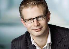Benny Engelbrecht anbefaler varmt andre at flytte til Sønderjylland - hvor der er lav grundskyld og mange andre plusser.