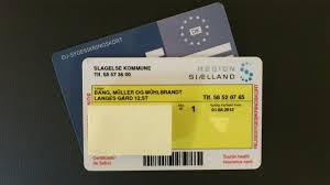 Fra 1. august skal rejselystne huske blåt sundhedskort, når de forlader Danmark.