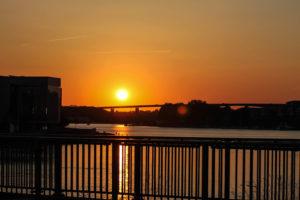 Masser af sol torsdag - og omkring klokken 22 kan solnedgangen nydes.