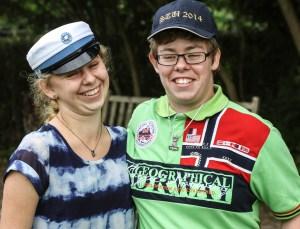 Michelle Thrane har et HF-eksamensbis - mens søsteren Christina har et særdeles mangelfuldt kompetencebevis fra Sønderborg Kommune.