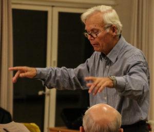Ib Nielsen vil også gerne dirigere dig, så du bliver en endnu dygtigere musiker.