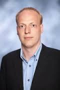 Nordalsformand for Venstre, Lars Romsøe Grandt håber på billige fjernvarme.