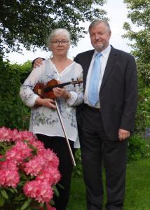 Muns Duo spiller klassisk i Hørup.