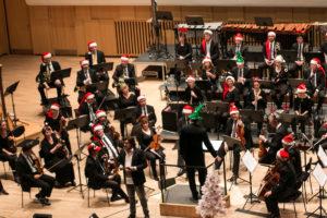 Sønderjyllands Symfoniorkester sørgede for musikken til alle korene.