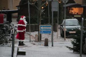 Julemanden giver vejret noget af skylden for den manglende succes ved julehytterne.