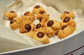 Medmenneskelighed er også at give nogle småkager til brugerne i skurvognen. <div class=