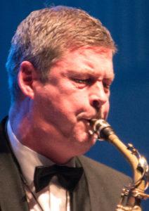 Revy- og Bigbandmusiker Morten Øberg.