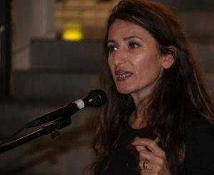 Paralelsamfundene er en kæmpe udfordring i forhold til integrationen, siger Fatma Öktem i Alsion.
