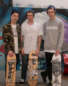 Fra venstre sponsoren Palle med Frederik og Simon.