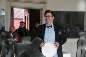 Kim Nørballe byder velkommen til Kina-udstilling