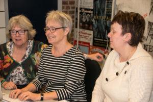 Johnna Maibom, Anne Andresen og Lene Ebbesen er langt inde i deres revy-sæson.