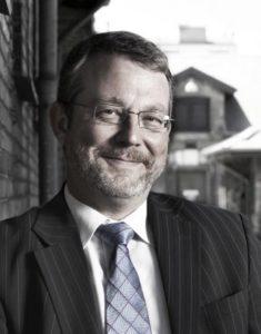 Direktør Ole Daubjerg fra Vækstrådet er med rundt i virksomheder.
