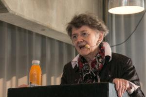 Inge Adriansen fortæller, at sønderjyskle kvinder ikke kæmpede for stemmeretten, men for deres danske nationalitet.