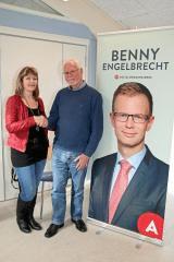Jette Damsø og Bendt Olsen har planer om at samle stemmer til Benny Engelbrecht.