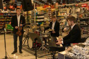 Trioen SMIL kommer fra Musikskolen.