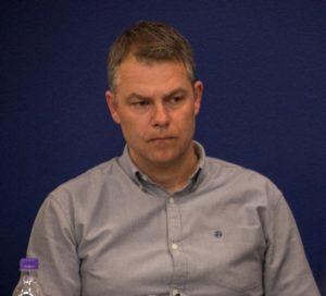 Mike Voss fra Lysabild Børneunivers fortæller om masser af børn, der bare ikke trives.