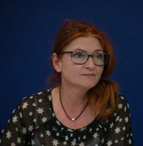 Annette van Buren sr sig som børnenes ambassadør og synes, der er grund til bekymring.