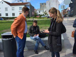 Benny Engelbrecht og Ellen Trane Nørby taler med SønderborgNyt