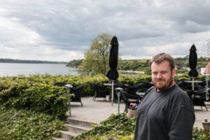 Jesper Hansen er Sommerrevyens lysekspert.