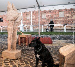 En hund efter kunst. <div class=