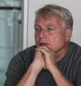 Uffe Elbæk lyttede til, hvordan ProjectZero gør klimarigtige tanker til god forretning for boligejere og håndværkere.
