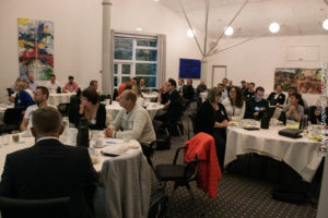 Torsdag morgen var der inviteret godt tyve potientelle forretningspartnere med til morgenmødet.