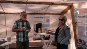 Anders Brandt og Aase Nyegaard siger begge, at Planstrategien er særdeles vigtig. Den er kompasset fmed kursen til fremtiden..